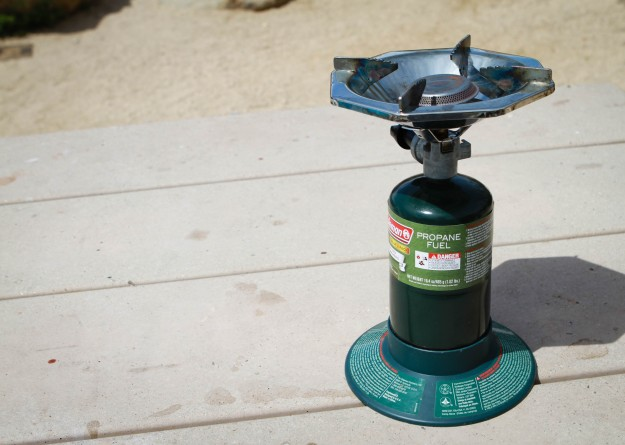 coleman single burner stove review